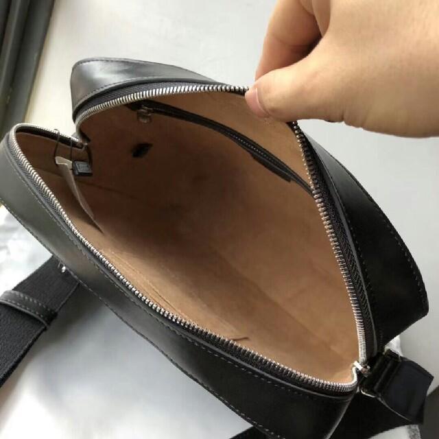 Gucci(グッチ)のGUCCI グッチ ショルダーバッグ メンズのバッグ(ショルダーバッグ)の商品写真