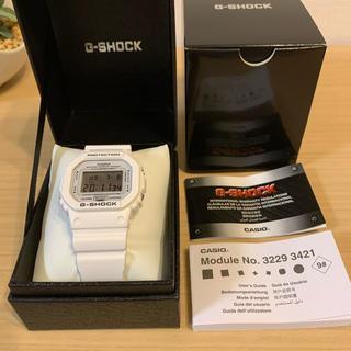 ジーショック(G-SHOCK)の新品 CASIO G-SHOCK  DW-5600ホワイト(腕時計(デジタル))