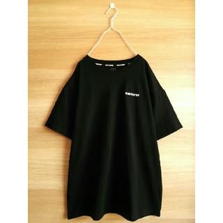 CONVERSE - 新品CONVERSE*半袖ロゴ刺繍Tシャツ*送料無料コンバース*未使用ブラック黒