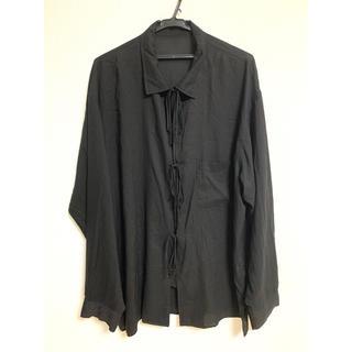 ヨウジヤマモト(Yohji Yamamoto)のyohji yamamoto ヨウジヤマモト プールオム Y-リボンシャツ(シャツ)