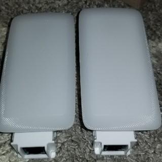トヨタ(トヨタ)のトヨタ純正 バニティランプ LED! 左右コネクター付き 81340ー50260(汎用パーツ)
