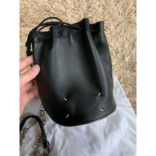 マルタンマルジェラ(Maison Martin Margiela)のマルジェラ バケットバッグ tabi バッグ ショルダー ブラック 新品未使用(ショルダーバッグ)