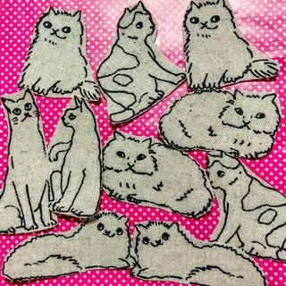 可愛い猫の布シール ハンドメイドシール ネコ ファブリックシール 送料無料(しおり/ステッカー)