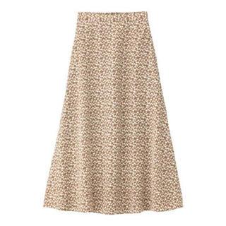 ジーユー(GU)のGU フラワープリントフレアロングスカート XS(ロングスカート)