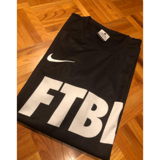 ナイキ(NIKE)の送料込み!NIKE Tシャツ 新品未使用(Tシャツ/カットソー(半袖/袖なし))