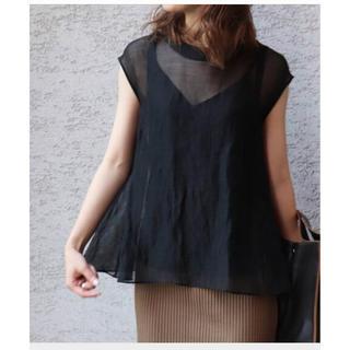 ノーブル(Noble)の専用 シアーオーガンジーフレアブラウス 黒未使用新品(Tシャツ/カットソー(半袖/袖なし))