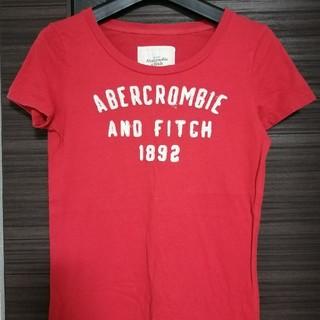 アバクロンビーアンドフィッチ(Abercrombie&Fitch)の送料込み!ハワイ購入アバクロロゴアップリケ付(Tシャツ(半袖/袖なし))