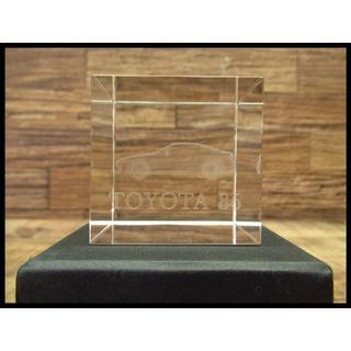 トヨタ(トヨタ)の希少新品保管品 トヨタ 86 非売品 3D クリスタル ガラス ペーパーウェイト(その他)