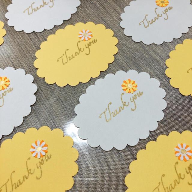 メッセージカード、thank youタグ【ライトイエロー】15枚 ハンドメイドの文具/ステーショナリー(カード/レター/ラッピング)の商品写真