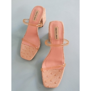 ハニーミーハニー(Honey mi Honey)のHONEY MI HONEYclear strap sandalベージュ(サンダル)