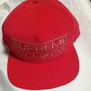シュプリーム(Supreme)のsupreme  シュプリーム キャップ レッド Cap(キャップ)