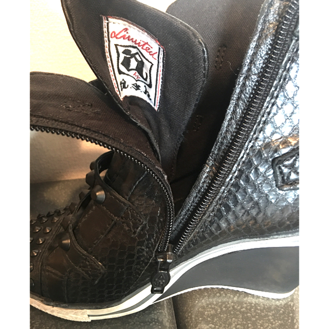 ASH(アッシュ)のASH スタッズ ヒールスニーカー ブラック サイズ37(23.5cmくらい) レディースの靴/シューズ(スニーカー)の商品写真