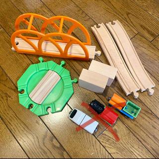 イケア(IKEA)の【もも.様専用】IKEA LILLABO(電車のおもちゃ/車)