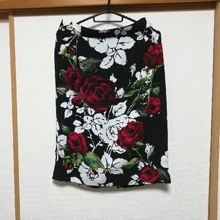 ドルチェアンドガッバーナ(DOLCE&GABBANA)のDOLCE&GABBANA スカート 美品(ひざ丈スカート)