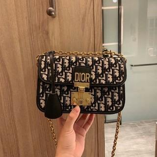 ディオール(Dior)のdiorディオール ショルダーバッグ(ショルダーバッグ)
