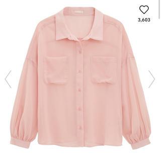 ジーユー(GU)の《新品・タグ付き》pink  シャツ(ジャケット/上着)