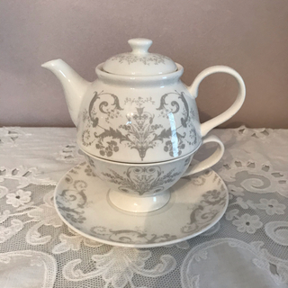 ローラアシュレイ(LAURA ASHLEY)の人気完売❗️ローラアシュレイ✨ジョゼッテ tea for one(食器)