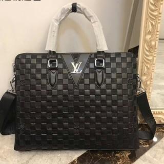 LOUIS VUITTON - Louis Vuitton ルイヴィトン メンズビジネスバッグ エピ