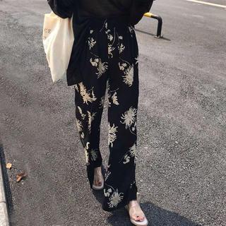 TODAYFUL - 花柄パンツ