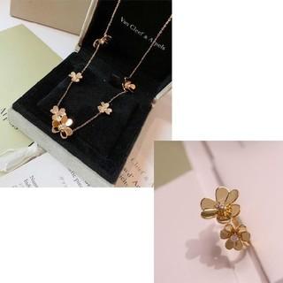 ヴァンクリーフアンドアーペル(Van Cleef & Arpels)の人気商品Van Cleef & Arpels ネックレス、指輪(ネックレス)