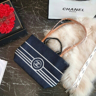 CHANEL - 1時間限定Chanel トートバッグ