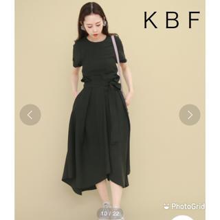KBF - 【KBF】イレギュラーヘム リボンワンピース
