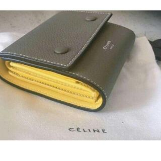 celine - 大人気 CELINE 折り財布