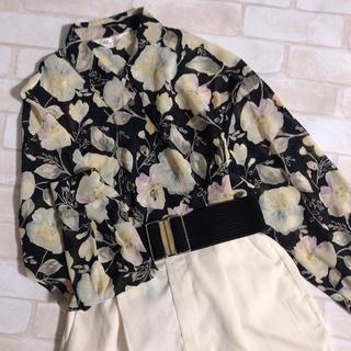 Grimoire - 黒 花柄 刺繍模様 透け感 ボタニカル 総柄 レトロ ゆったり 大きめ ブラウス