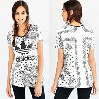 adidas - アディダスオリジナルス adidas ペイズリー柄 tシャツ