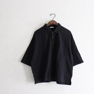 ジーユー(GU)のGU ジーユー クロップドポロシャツ(ポロシャツ)