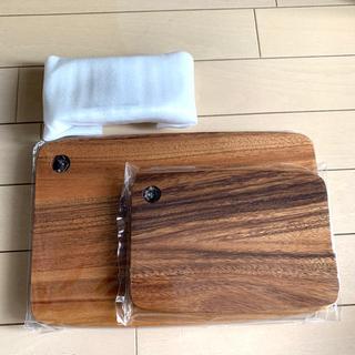 ヤマザキセイパン(山崎製パン)のカッティングボードセット (収納/キッチン雑貨)