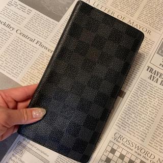 LOUIS VUITTON - ダミエ・グラフィット長財布