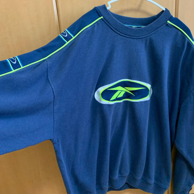 Reebok(リーボック)のreebok スウェット トレーナー 青色 メンズのトップス(スウェット)の商品写真