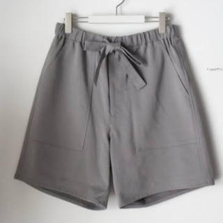 コモリ(COMOLI)の20SS新品 サイズ2 グラフペーパー Baker Sweat Shorts(ショートパンツ)