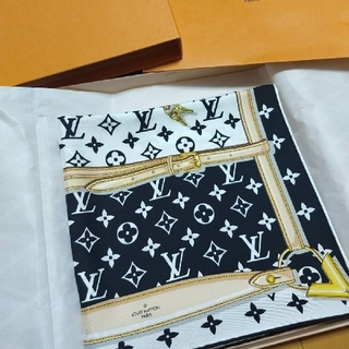 ルイヴィトン(LOUIS VUITTON)の本物⭐2020購入Louis Vuittonスカーフ(バンダナ/スカーフ)