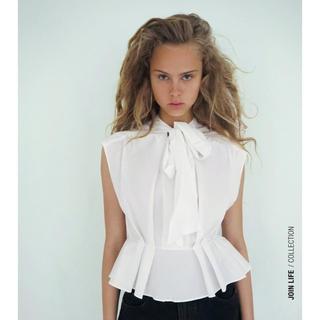 ザラ(ZARA)のZARA  ザラ リング付きポプリンシャツ(シャツ/ブラウス(半袖/袖なし))