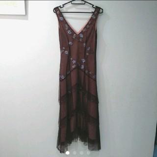 ビーシービージーマックスアズリア(BCBGMAXAZRIA)のBCBGMAXAZRIA ワンピース ドレス(ミディアムドレス)