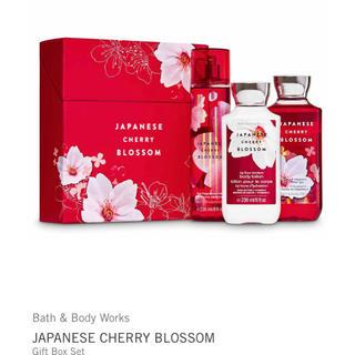 バスアンドボディーワークス(Bath & Body Works)の限定1個 Bath&Body Works Cherry Blossom セット(コフレ/メイクアップセット)
