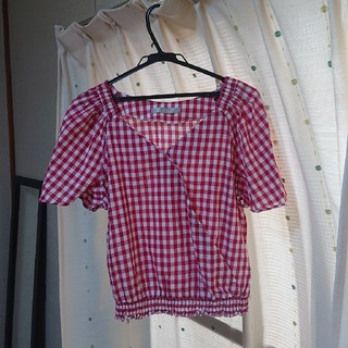 エフデ(ef-de)のef-de 大きいサイズ赤チェックカシュクールブラウス(シャツ/ブラウス(半袖/袖なし))