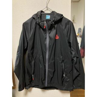 チャムス(CHUMS)の♦︎新品、未使用♦︎ CHUMS ナイロン ジャケット ブービー 黒 収納 春服(ナイロンジャケット)