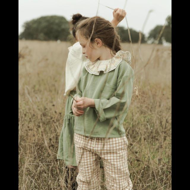 Caramel baby&child (キャラメルベビー&チャイルド)のliilu Embro Volant Collar オーガニックコットン付け襟 キッズ/ベビー/マタニティのこども用ファッション小物(ベビースタイ/よだれかけ)の商品写真