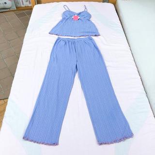 ナルエー(narue)の最終セール!新品ナルエー ルームウェア ブルー、パープル 胸パット付き(ルームウェア)