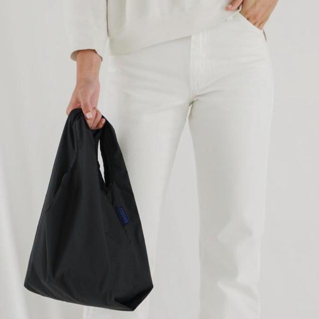 L'Appartement DEUXIEME CLASSE(アパルトモンドゥーズィエムクラス)の完売【新品未使用】BAGGU バグー baby  ブラック レディースのバッグ(エコバッグ)の商品写真