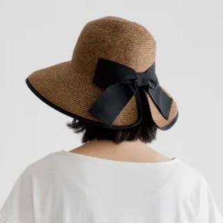 トゥモローランド(TOMORROWLAND)の麦わら帽子 後ろリボン 黒 BK(麦わら帽子/ストローハット)