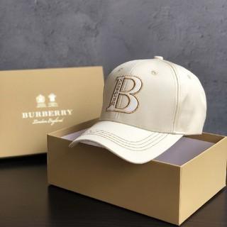 BURBERRY - 早い者勝ちBurberryバーバリー  キャップ 男女兼用 調節可能