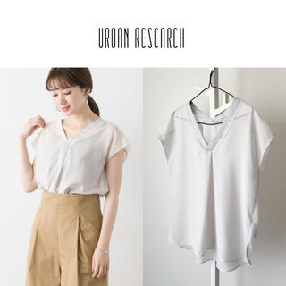 URBAN RESEARCH - URBAN RESEARCH スパンローンVネックブラウス