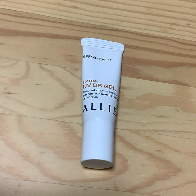 ALLIE(アリィー)のアリー エクストラUV BBジェル 8g SPF50+ PA++++ コスメ/美容のベースメイク/化粧品(BBクリーム)の商品写真
