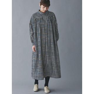mina perhonen - ミナペルホネン  minamo ロール襟ドレス darkmix 【新品】
