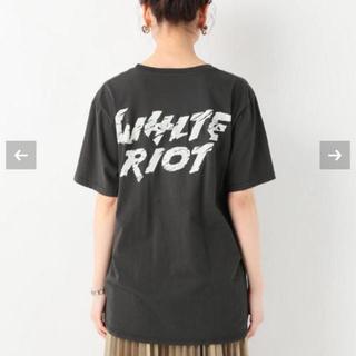 ジャーナルスタンダード(JOURNAL STANDARD)のBARKING IRONS White Riot T-shirt(Tシャツ(半袖/袖なし))