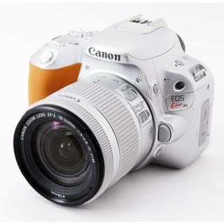 キヤノン(Canon)の★WiFi対応★CANON Kiss X9 レンズキット シルバー★自撮対応★(デジタル一眼)
